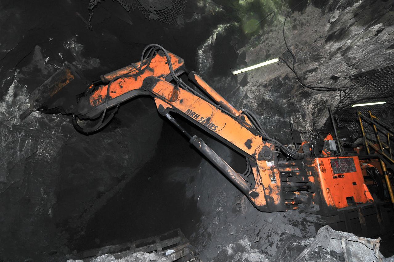 Dsc 6145@120127 - Ghana - Obuasi - Underground Mine