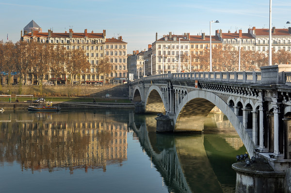 Reflecting bridge in Lyon, France
