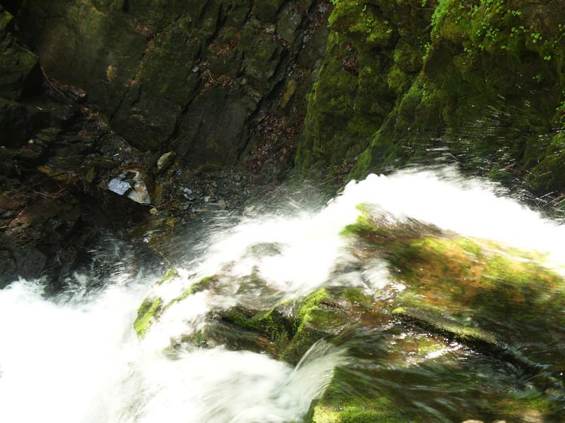 ©RobAng 2009/05/23 12:12:43, am Wäggitalersee, 912.3 m // Velotour  Auffahrt 09 - Türlersee-Aegerisee-Raten-Sihlsee-Sattelegg-Wäggitalersee