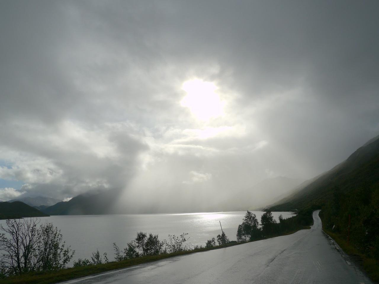 Velotour Lofoten-Vesterålen-Narvik  / Velotour Lofoten-Vesterålen-Narvik  / @RobAng 2012 / Gambogen, Gullesfjord, Troms, NOR, Norwegen, 2.976 m ü/M, 12/09/2012 15:05:03