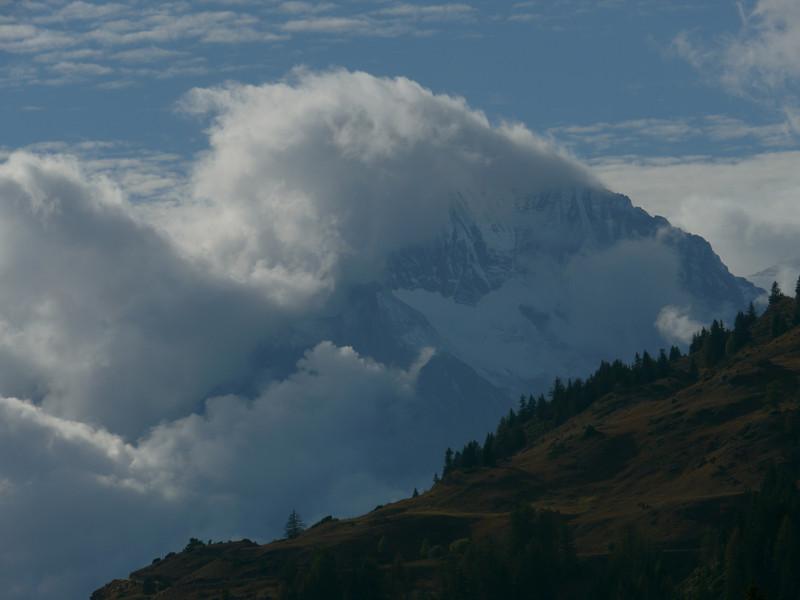 © RobAng 2010 -- Lanslevillard, Rhône-Alpes, France - 1749.54 m