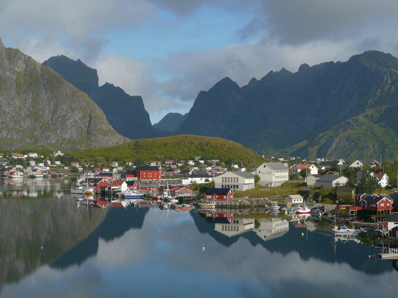 Velotour Lofoten-Vesterålen-Narvik  / @RobAng 2012  / Reine, Reine, Nordland, Lofoten, NOR, Norwegen, 21 m ü/M, 09/09/2012 11:28:29