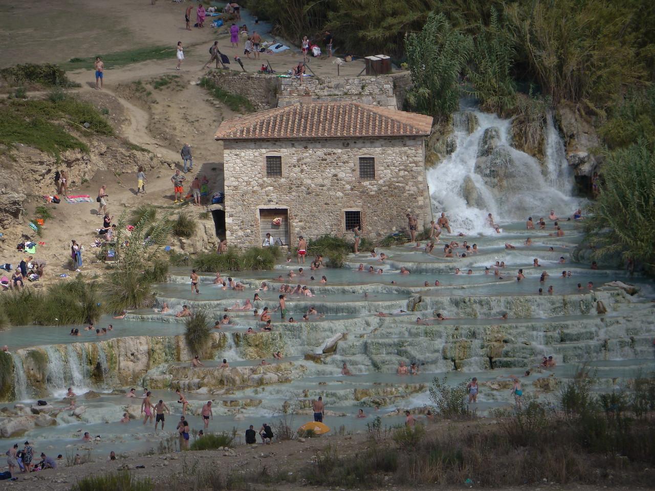 @RobAng 15.09.17, 10:59: Terme di Saturnia, 160 m, Poderi Di Montemerano, Toscana, Italien (ITA)