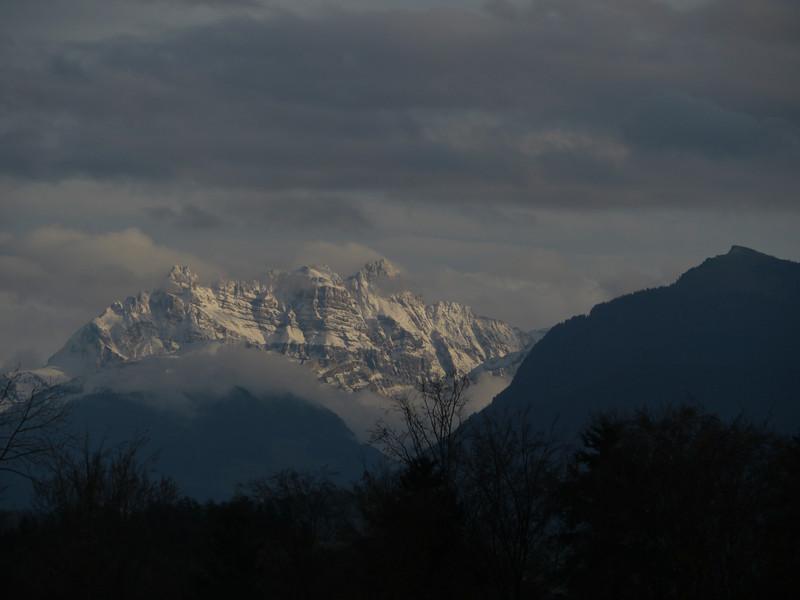 @RobAng, Nov. 2013 / Hüllistein, Rapperswil SG, Kanton St. Gallen, CHE, Schweiz, 478 m ü/M, 2013/11/09 17:05:09