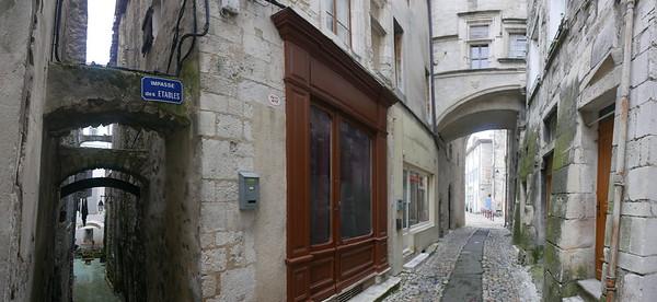 @RobAng 27.05.18, 20:20: Viviers, 81 m, Viviers, Auvergne-Rhône-Alpes, Frankreich (FRA)