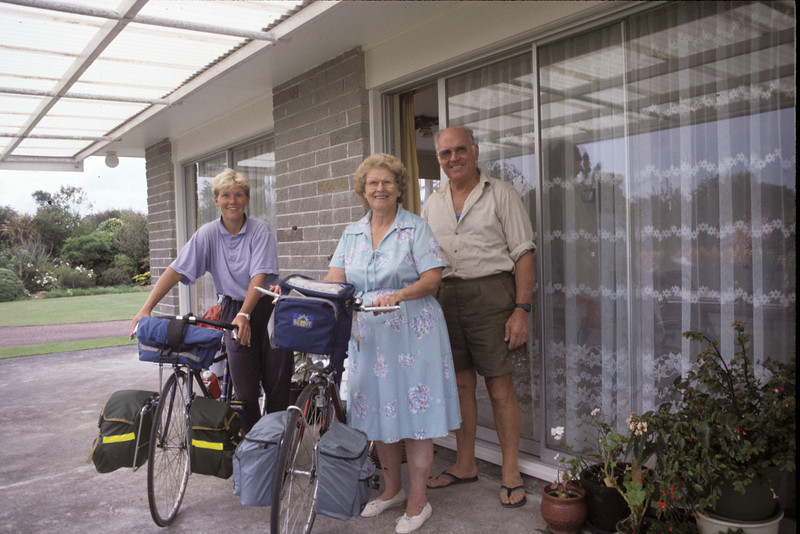 © RobAng 1989, New Zealand by bicycle, Inglewood, 21.2.89