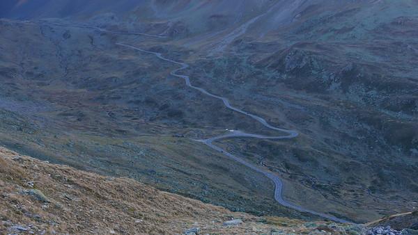 @RobAng 19.10.18, 17:47: Jöriseen ab Flüelapassstrasse, 2418 m, Tschuggen / Davos Dorf, Kanton Graubünden, Schweiz (CHE)