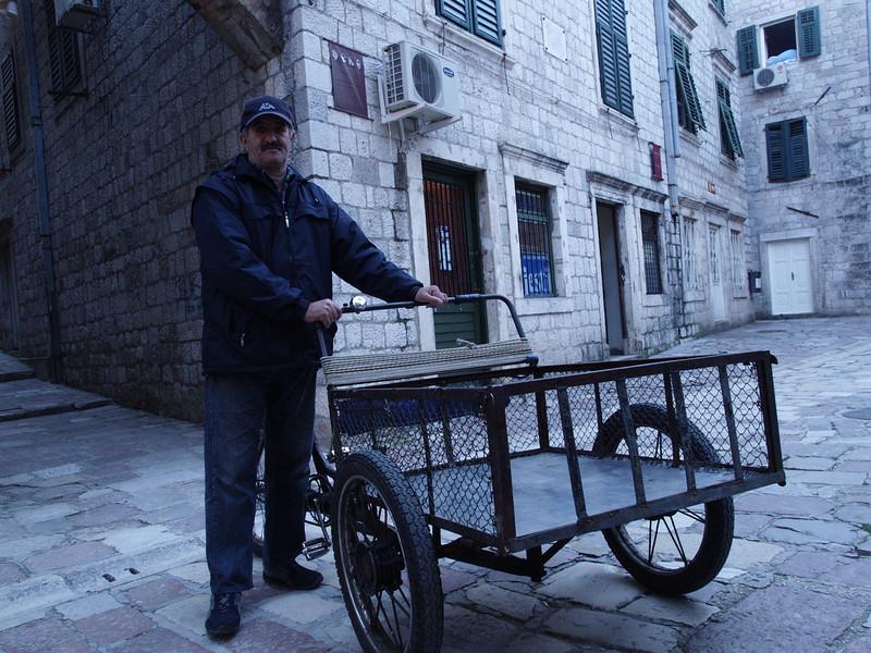 Montenegro (MNE) by bicycle / © Rob Tani, Jan. 2008 / Kotor