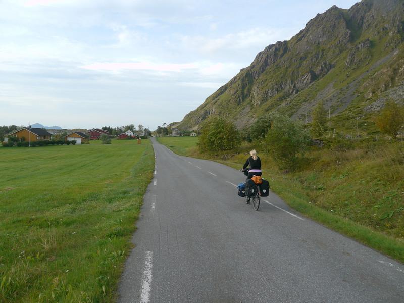 Velotour Lofoten-Vesterålen-Narvik  / @RobAng 2012 / Ånstad, Melbu,  Nordland, Vesterålen, NOR, Norwegen, 210 m ü/M, 11/09/2012 16:07:45