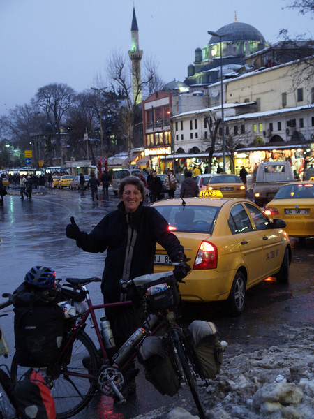 Ankunft in Istanbul, Türkei (Turkey), Wthur-Istanbul by bicycle / © Rob Tani, Febr. 2008