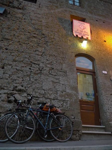 @RobAng 15.09.17, 18:33: Pitigliano, 314 m, Pitigliano, Toscana, Italien (ITA)