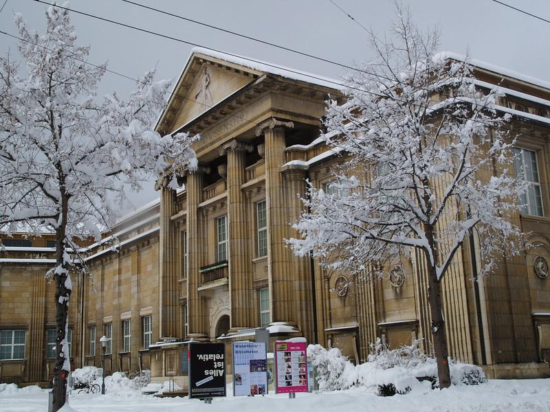 Museum- und Bibliotheksgebäude Winterthur (Kunst- & Naturmuseum sowie Studienbibliothek), Arch. R. Rittmeyer, Eröffnung 1916