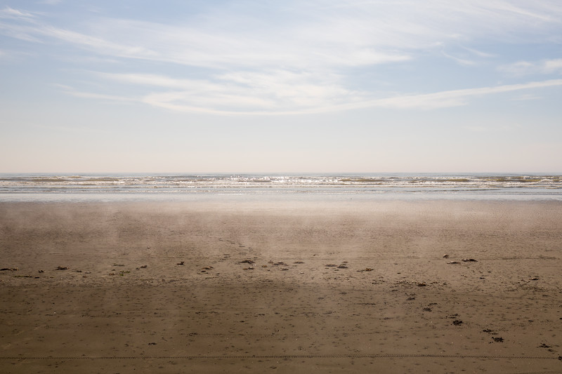 Grays Harbor, Seabrook - Waves and surf on a beautiful sunny day