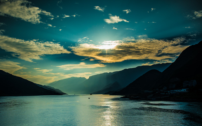 Sunrise, Three Gorges, Yangtse River, China