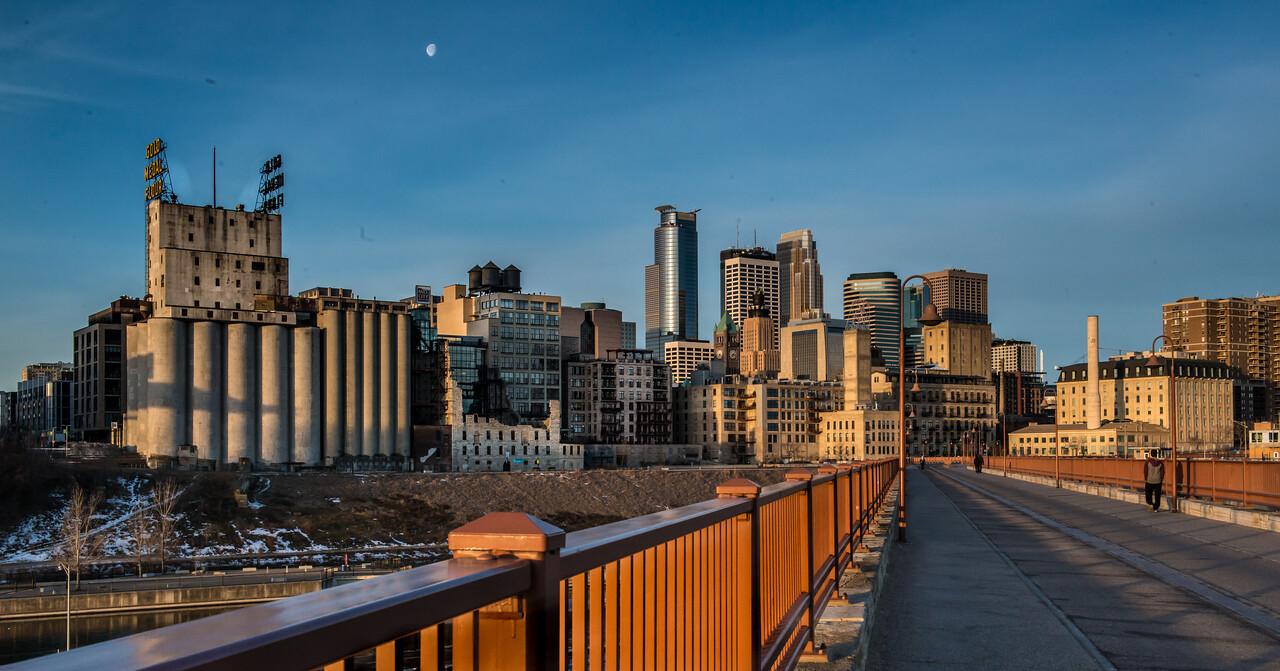 Early Morning, Minneapolis, Minnesota