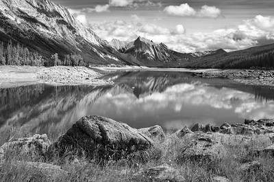 Medicine Lake, Jasper National Park