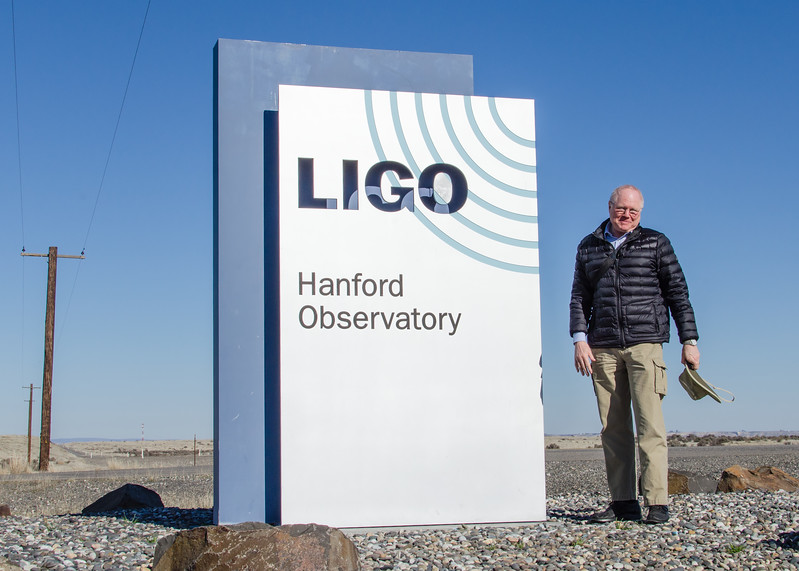 This weekend we drove over to Richland Washington to tour the Hanford LIGO gravitational wave observatory. LIGO is easily the coolest thing within a thousand kilometers of Boise. I was surprised to learn that LIGO conducts public tours on the second Saturday of each month. Even better, the tours are conducted by staff members. I decided a visit was mandatory so we drove the 500 km from Boise to attend the February 10th tour. The three staff members present were as excited as their visitors. They clearly love their work and know they are doing something very special. I've toured many observatories around the world but LIGO's show and tell is the best I've ever attended: the magic sauce is meeting with staff. For some strange reason, LIGO is only rated the 14th best thing to see in the Tri-Cities area. What's wrong with you people?