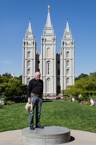 Me posing in front of the Mormon temple in Salt Lake City. Religion serves at least one useful function: it inspires interesting architecture.