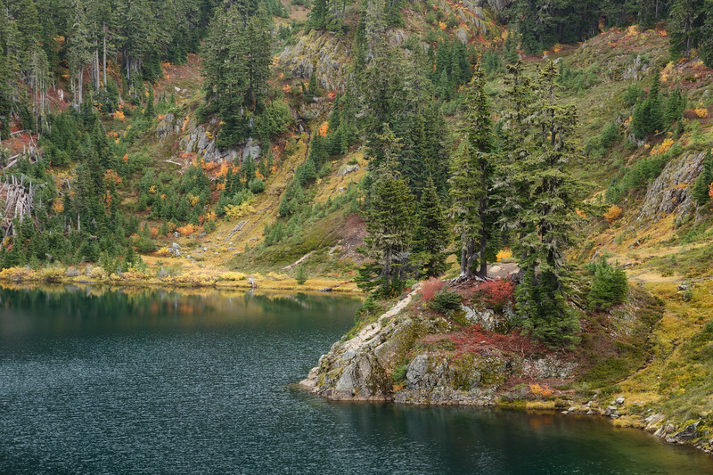 Whatcom, Artist Point - Fall colors along the Chain Lakes loop