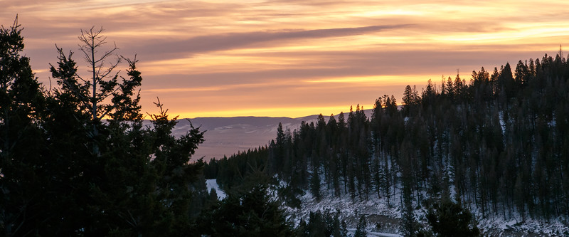 Central, Big Belts - Colorful sunrise over snowy forest