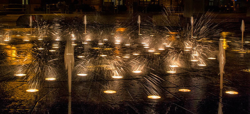 © 2013 Lisa Ryan - Fountains Rising