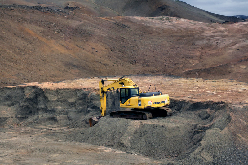 Komatsu earth mover excavating in Iceland