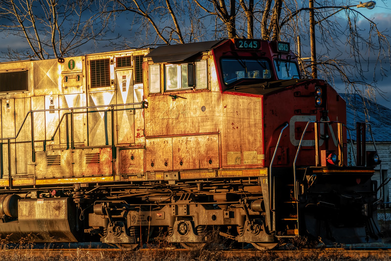 Engine CN 2645 in the light of the setting sun.