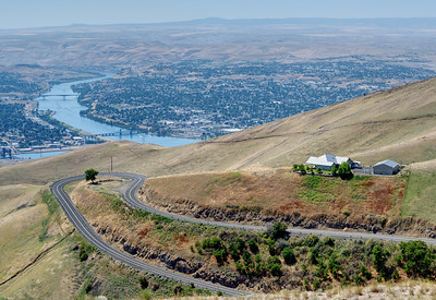 Where the Snake turns west in Lewiston Idaho.