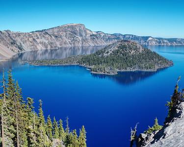 Crater Lake Wizard Island.