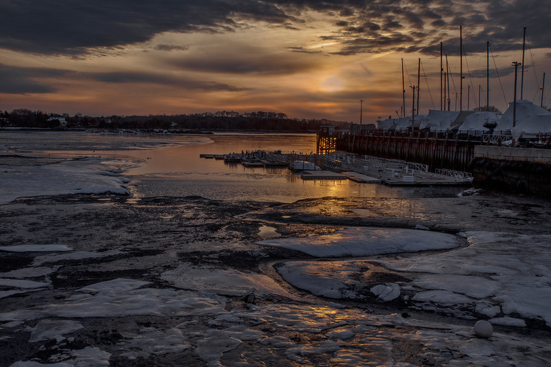 © 2014 Lisa Ryan - Icy Sunset
