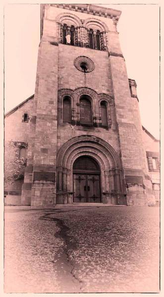 © 2013  Myrna Walsh - Spanish church