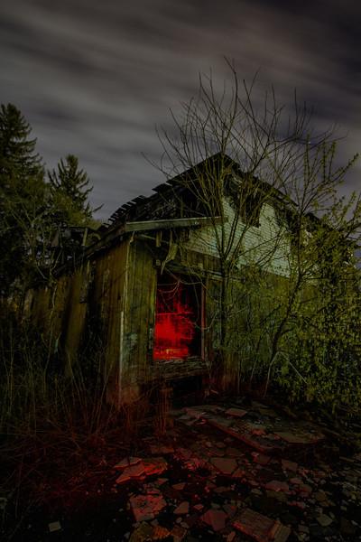 © 2014 Lisa Ryan - Fiery Glow