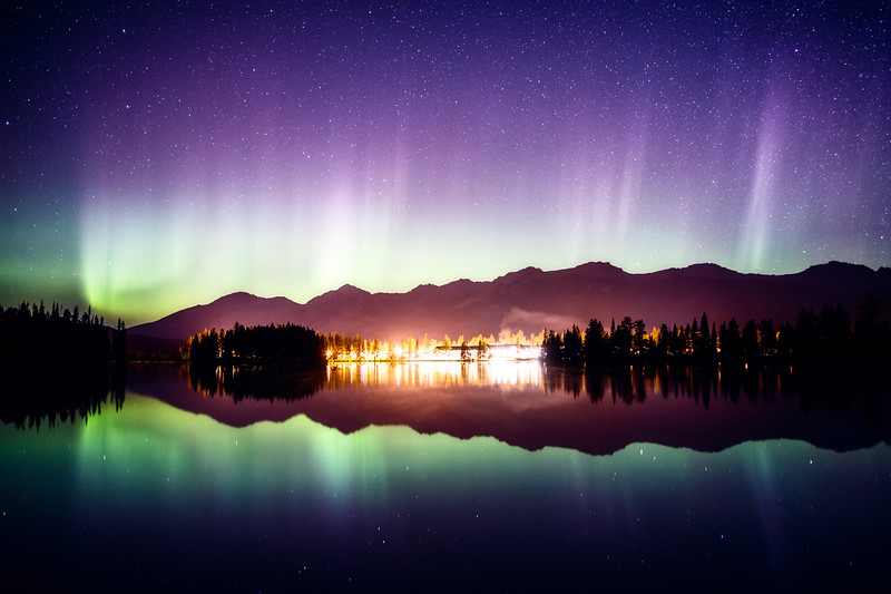 Jasper, Beauvert Lake - Jasper Park Lodge with aurora reflected in lake