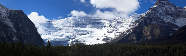 A view from the highway near Canmore, Alberta.