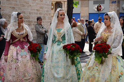 Women in traditional dress, Easter Monday, Valencia, Spain