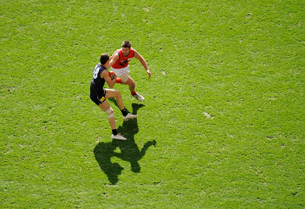 Carlton v. Melbourne, Aussie rules football, Melbourne, Australia.