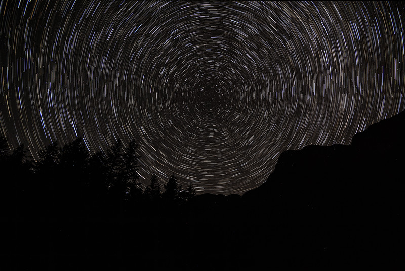 Time-lapse of the sky circling the North Star