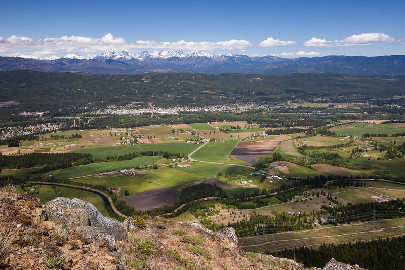 Kittitas, Peoh Point - View of Cle Elum and Mt. Stuart