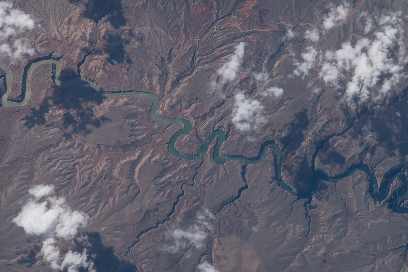 iss043e128767