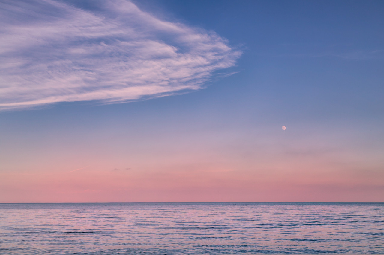 Moon, Cloud and Water