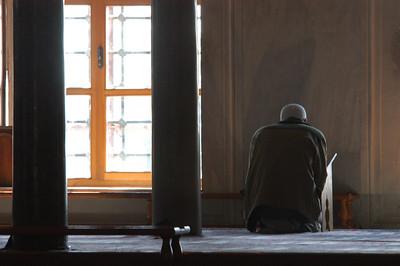 Worship, Blue Mosque, Istanbul, Turkey.