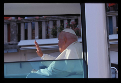 Pope John Paul II in Popemobile, at 18:10, 6 June, 2003, Dubrovnik, Croatia.