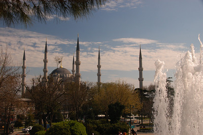 The Blue Mosque, built between 1609 & 1616 during the rule of Sultan Ahmed I, Istanbul.