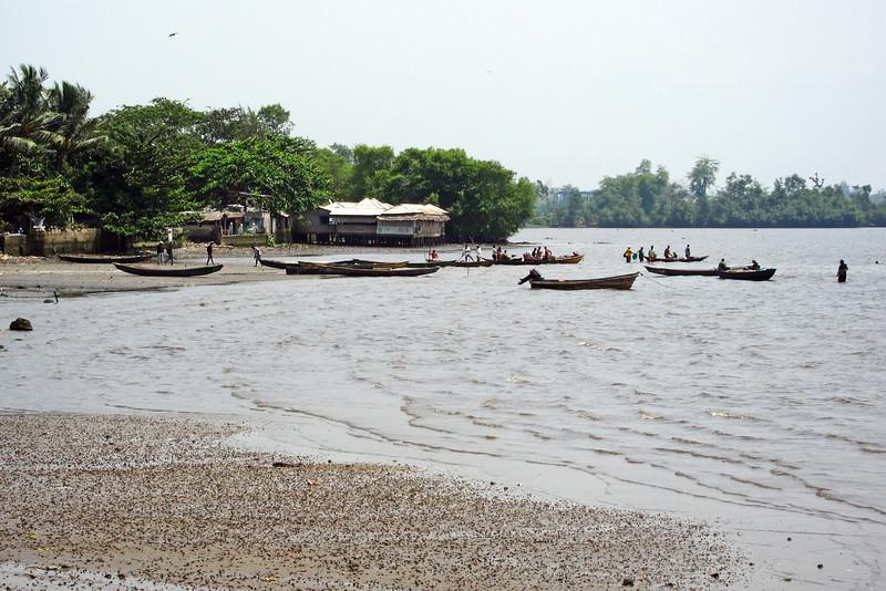 Coastal water taxis, Cameroon