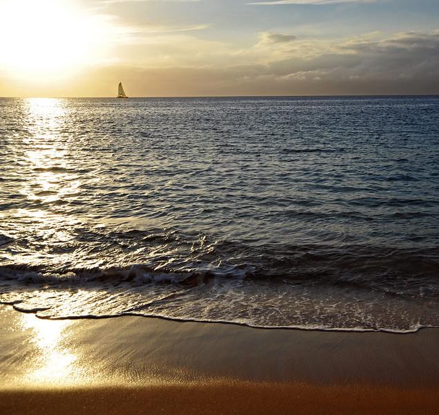 Late afternoon along the north coast of Maui, Hawaii