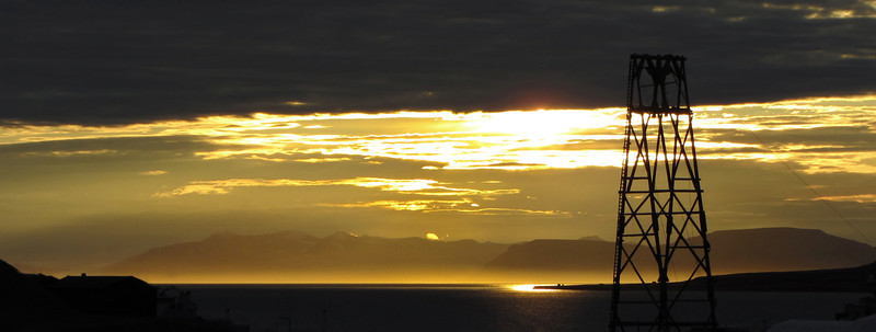 Midnight sun at Longyearbyen, Svalbard