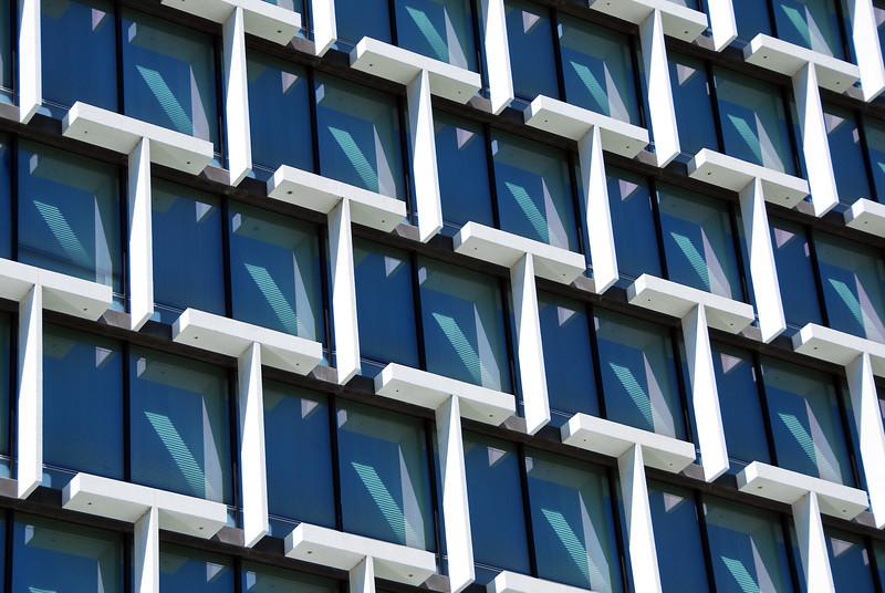 Window pattern in Perth, Australia