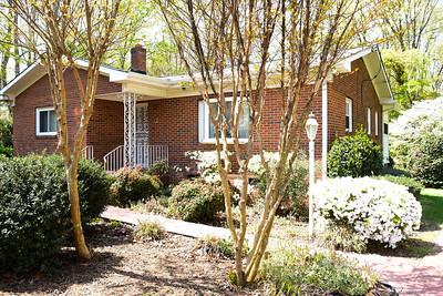 T.D. Elder Residence in Rockwell Park