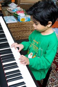 Idlan and his Piano  Look at me play!