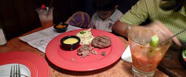 Grumpy Idlan not finishing his burger